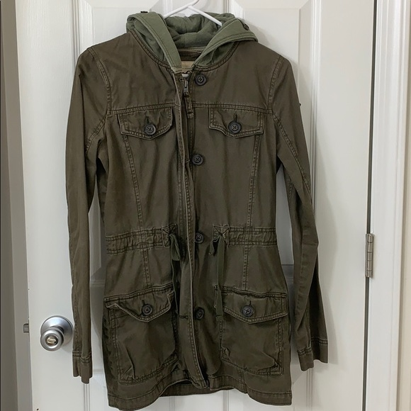 Hooded army green Hollister coat
